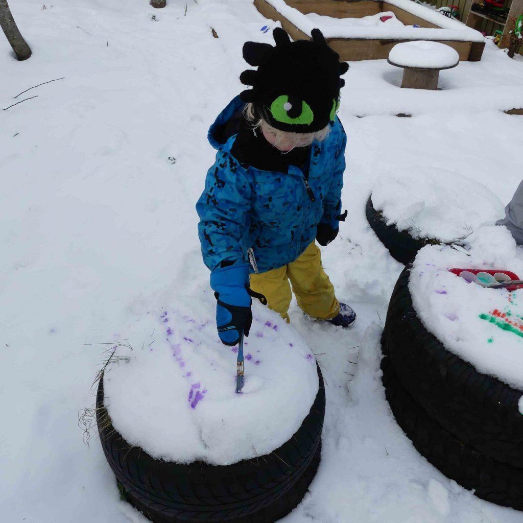 painting onto snow