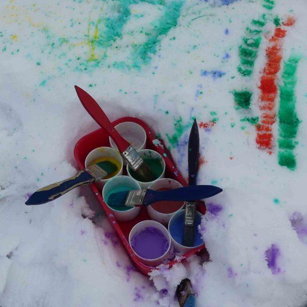 Paints on snow