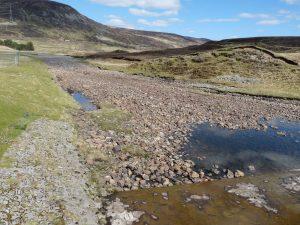 Loch Garry Weir